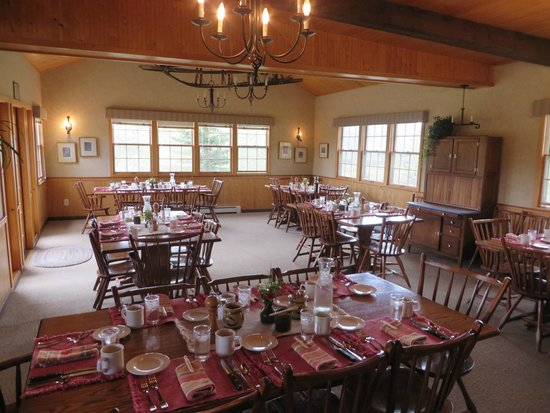 North Face Lodge: Dining Room