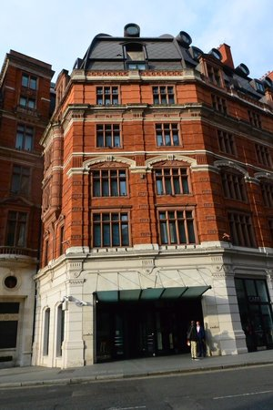 Front Entrance To Hotel Andaz On Liverpool Street Picture Of Andaz