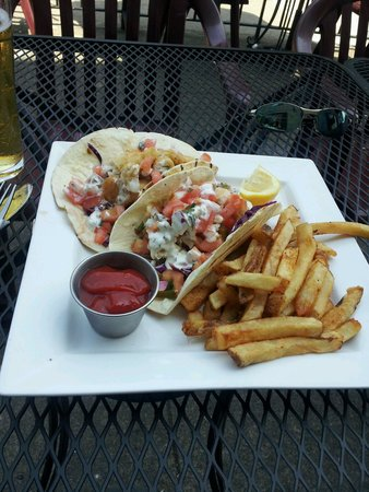 One Duke Restaurant & Lounge: Fish taco n fries.