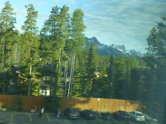 Lake Louise Inn: View