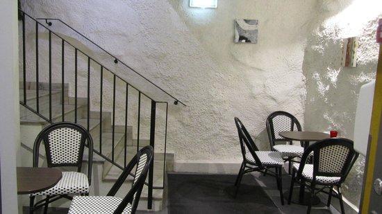 Stockholm Inn Hotell: Fiket - i 2 våningar (där man får inta frukost) :)