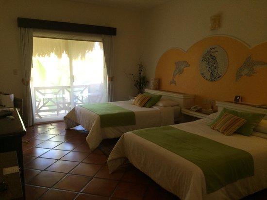 Hotel Riviera del Sol: The room - very spacious