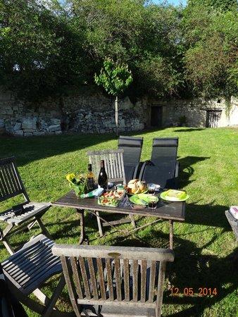 Domaine de Givre: lovely garden