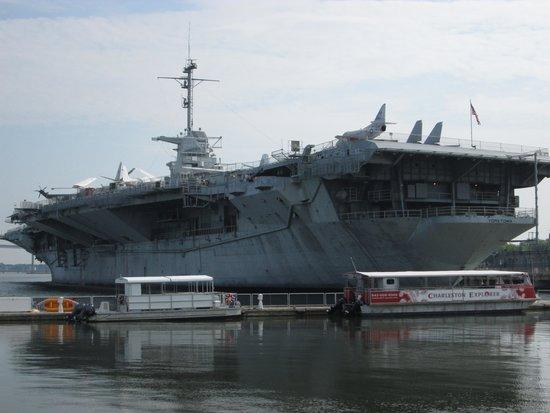 Patriots Point Naval & Maritime Museum : Yorktown