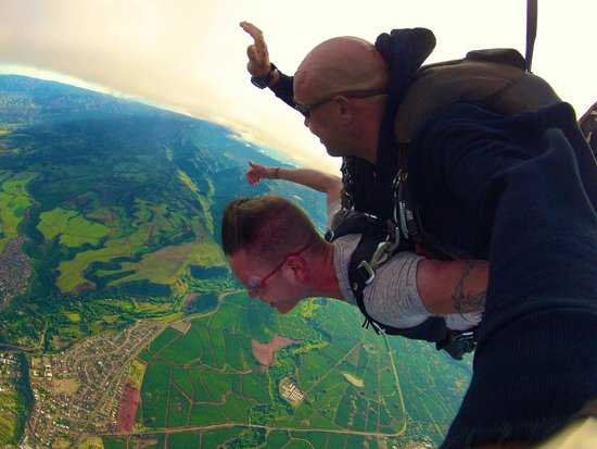 Skydive Kauai: Skydive where the scenery is as good as the thrill!