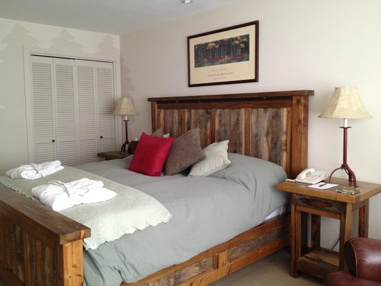 Spring Creek Ranch : Master bedroom