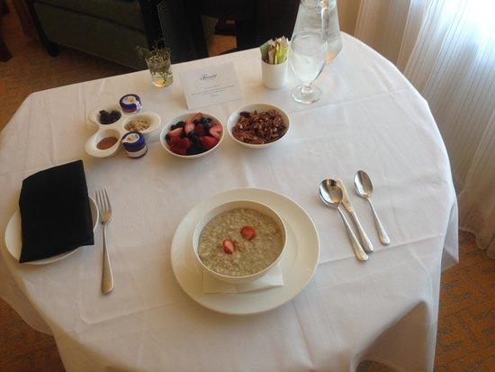 The Fairmont San Jose : Room Service Breakfast - Fairmont Style
