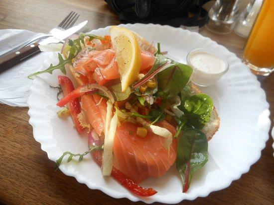 Broodje Bert: Salmon sandwich