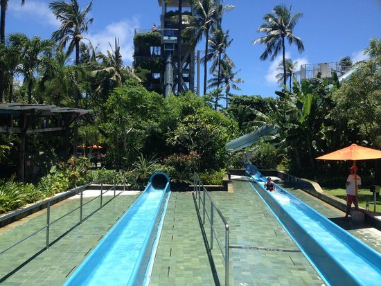 Waterbom Bali : block your nose (you have been warned)lol