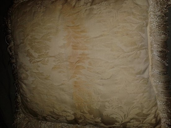 Rodeway Inn Moultonborough: bed pillow
