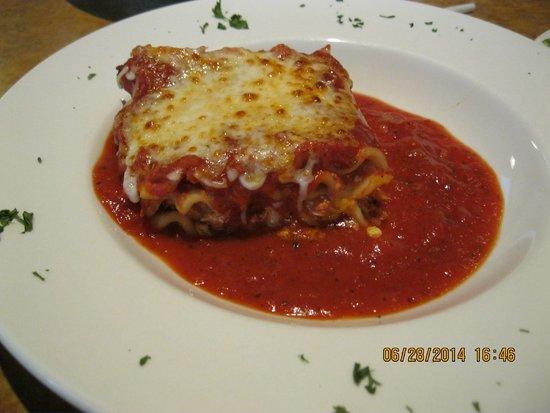Sam and Louies Pizza: Lasagna