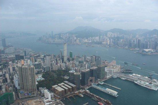 The Ritz-Carlton, Hong Kong: 九龍半島、香港島の眺め