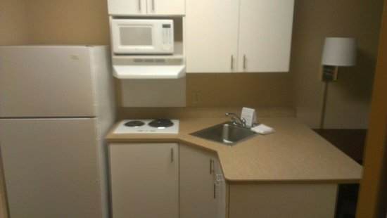 Extended Stay America - Minneapolis - Woodbury: Kitchen