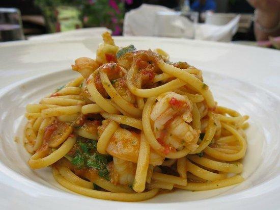 Oliver & Bonacini Cafe Grill : Shrimp linguine