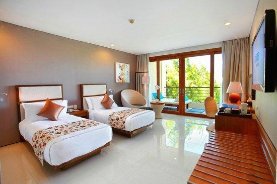 VOUK Hotel & Suites: Superior Room