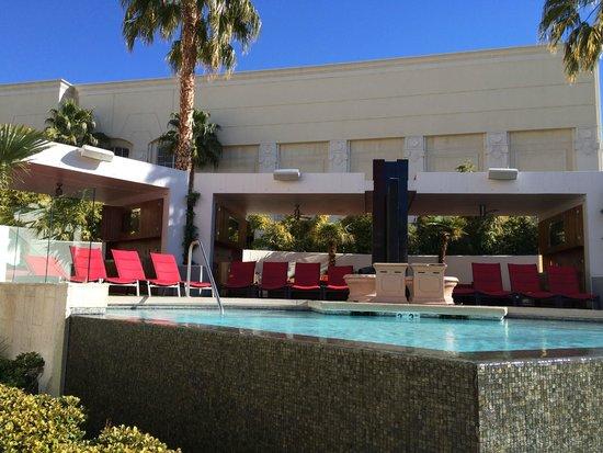 Four Seasons Hotel Las Vegas: Piscina do Mandalay Bay