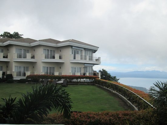 The Lake Hotel Tagaytay: hotel view overlooking