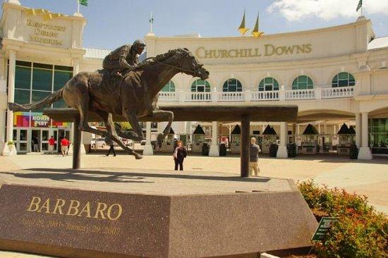 Churchill Downs : Barbaro lives on.