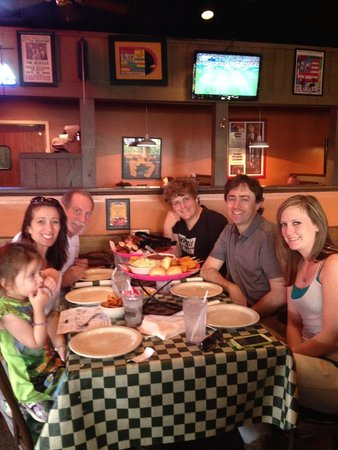 Corky's Bar-B-Q : Our crew at dinner after a crazy airport experience