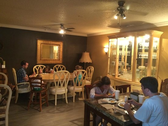 Express Lunch: Auxillary Dining Room
