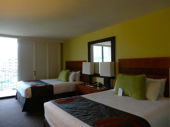 Courtyard by Marriott King Kamehameha's Kona Beach Hotel: Non-smoking double bed room