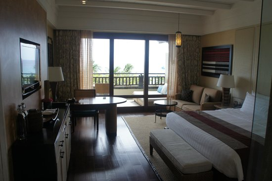 Shangri-La's Boracay Resort & Spa: Sea View Deluxe room