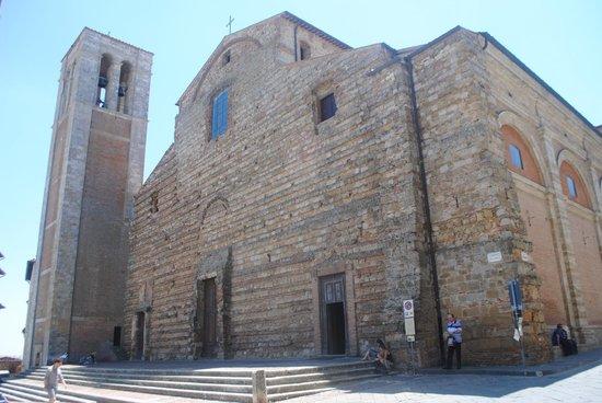 Duomo: Vista externa
