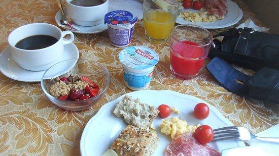 Villa Linda : My breakfast