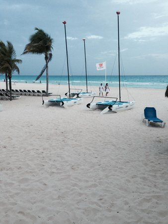 Viva Wyndham Maya : Beach and Water Sports Area