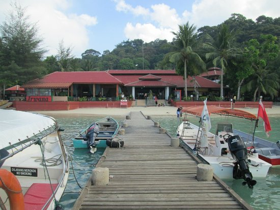 Arwana Perhentian Eco Resort & Beach Chalet: view from the jetty