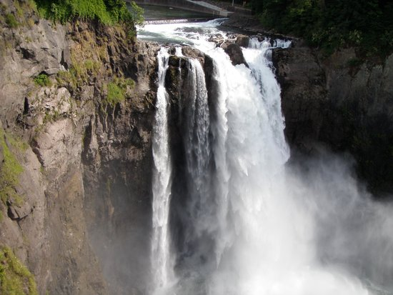 Snoqualmie Falls: The falls