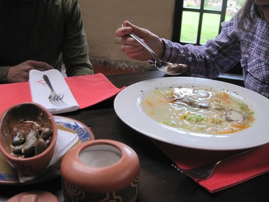 Qanela Restaurante: Soup