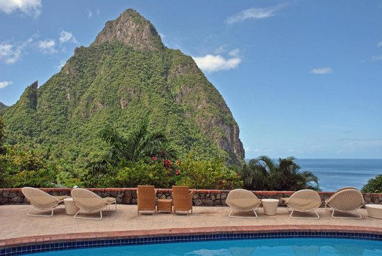 Stonefield Villa Resort: Piton View from Pool Area