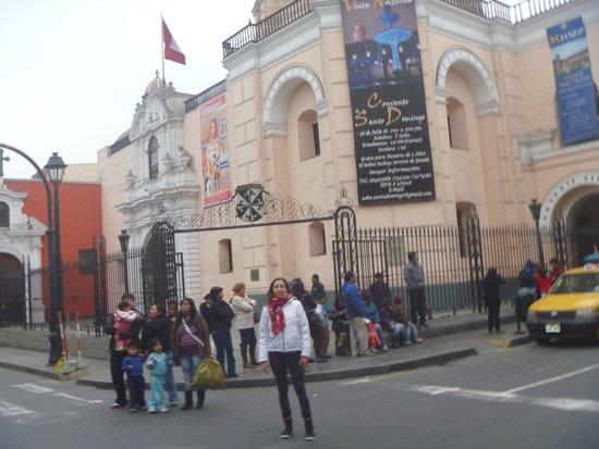 Monastery of Santo Domingo (Iglesia y Monasterio de Santo Domingo): Frente
