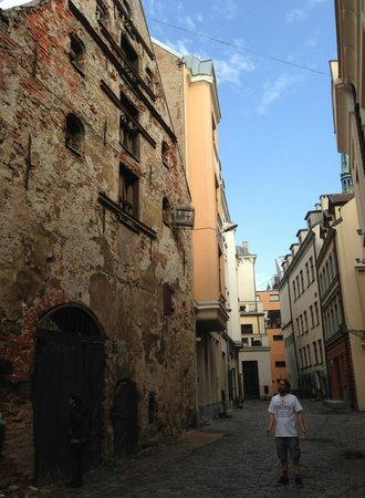 E.A.T. Riga Tours: EAT Riga's James leading us through the backstreets of the old city in Riga.