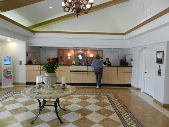 Portofino Inn & Suites Anaheim Hotel: Guest Services, Registration