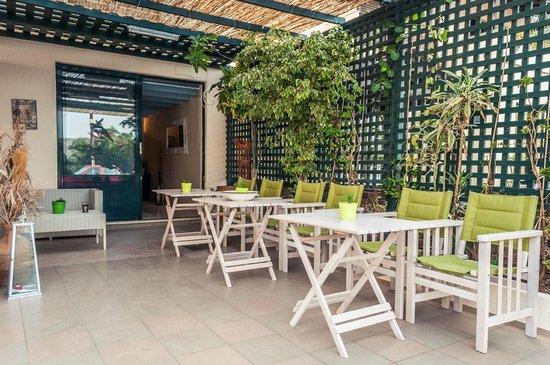 Elounda Olive Garden Studios: Main Area