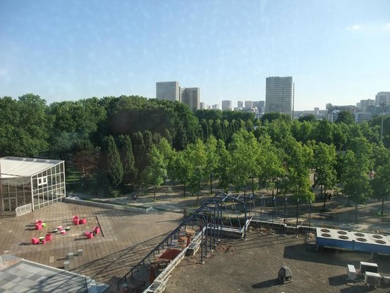 Ibis Styles Paris Bercy: View from room - looking towards Bercy Park