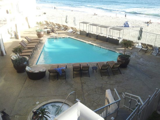 Beach Terrace Inn: The Pool