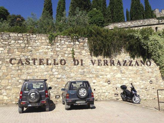 Castello di Verrazzano : entrance