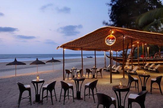 Caravela Beach Resort: Sunset Bar