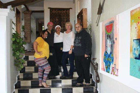 Posada Casa Sol: Propietarios y su chef de cocina