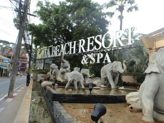 Kata Beach Resort and Spa: Entrance