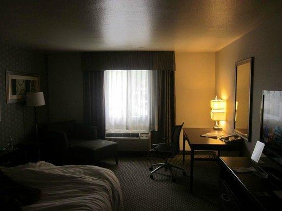 Holiday Inn Express Hermosa Beach: Room 236