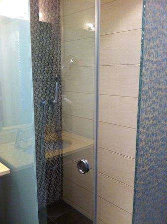 Strandhotel Binz: Dusche