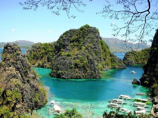 Kayangan Lake: Post Card View