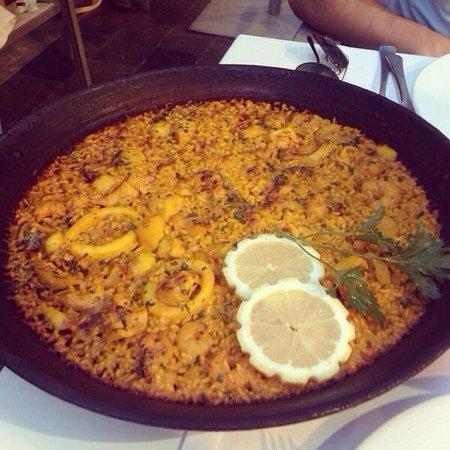 Restaurante Navarro: Paella