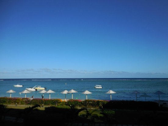 Pearle Beach Resort & Spa : Great view of the sea from the room