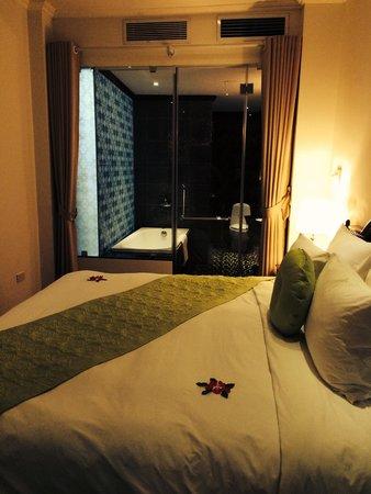 Hanoi Meracus Hotel 2: Room after halong bay