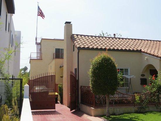 Laurel Inn: Property at rear of main house